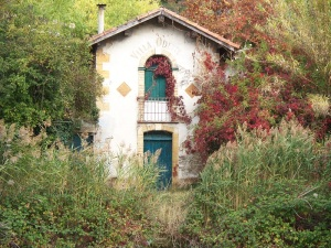 House beside the Canal-du-Midi