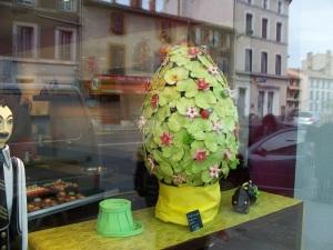 A 10 kg./22 lb. chocolate egg