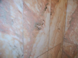 Marble tiles in the bathroom