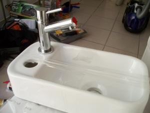 Sink on tank